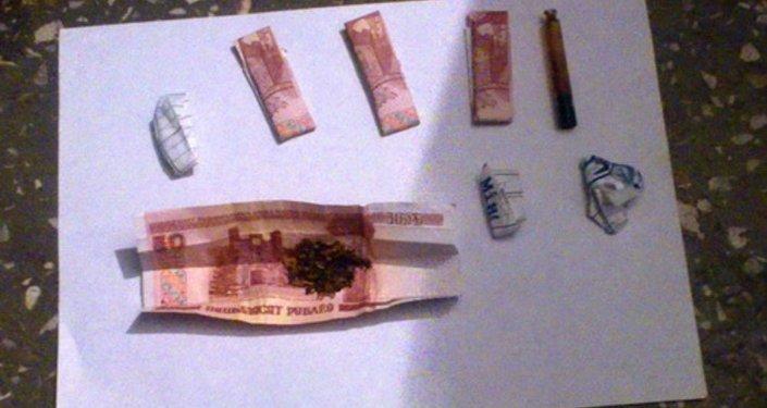 Курительные смеси, изъятые у задержанного