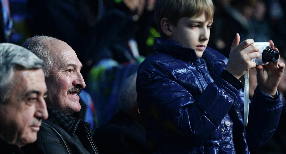 Николай Лукашенко на церемонии открытия XXII зимних Олимпийских игр
