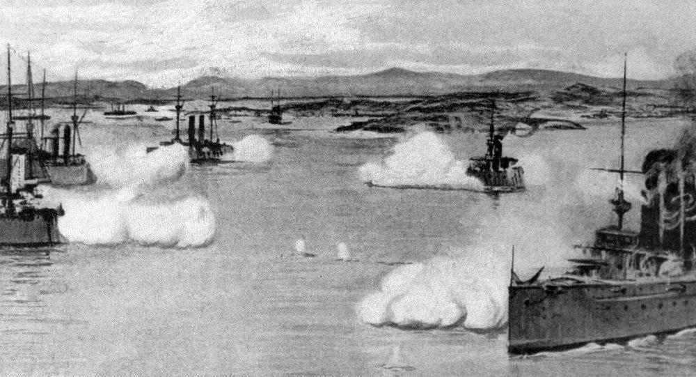 Крейсер Варяг и канонерская лодка Кореец ведут бой с японской эскадрой