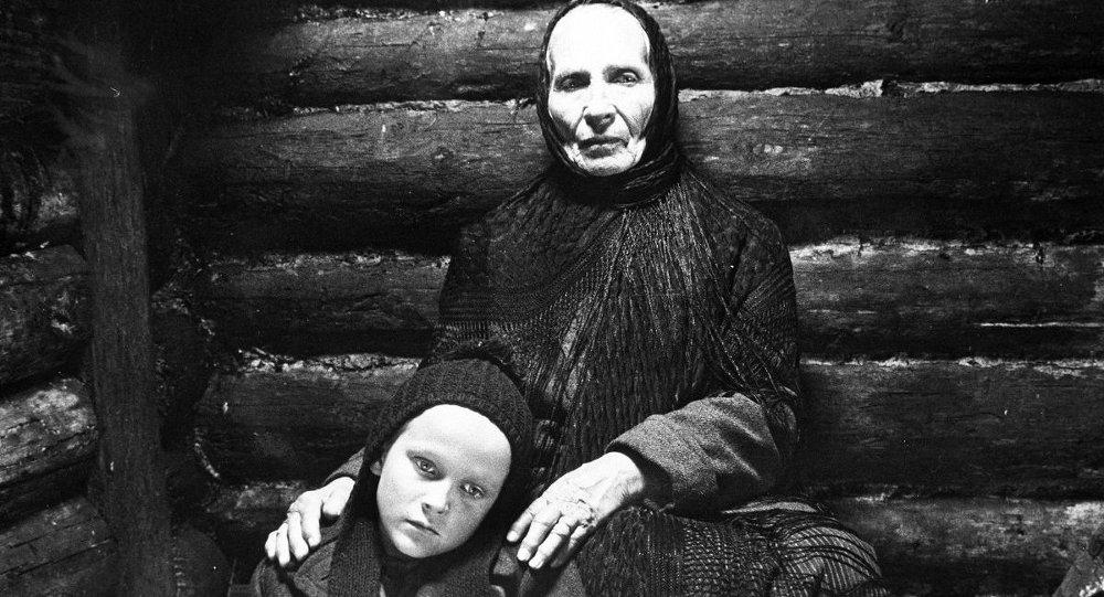Стефания Станюта в роли  Дарьи, кадр из фильма
