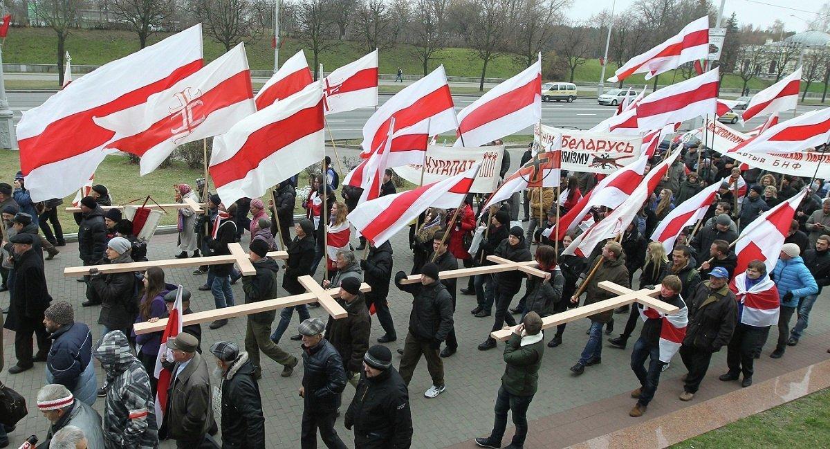 Белорусская оппозиция провела в воскресенье в Минске уличную акцию