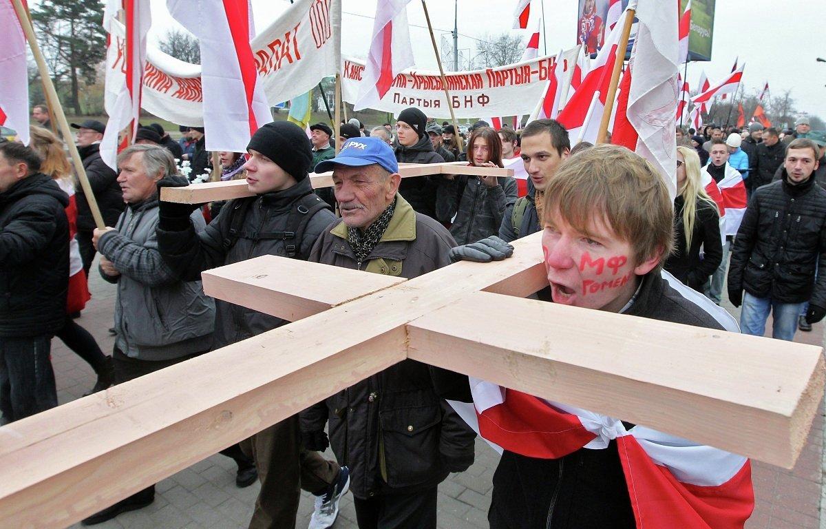 Деревянные кресты установят в Куропатах