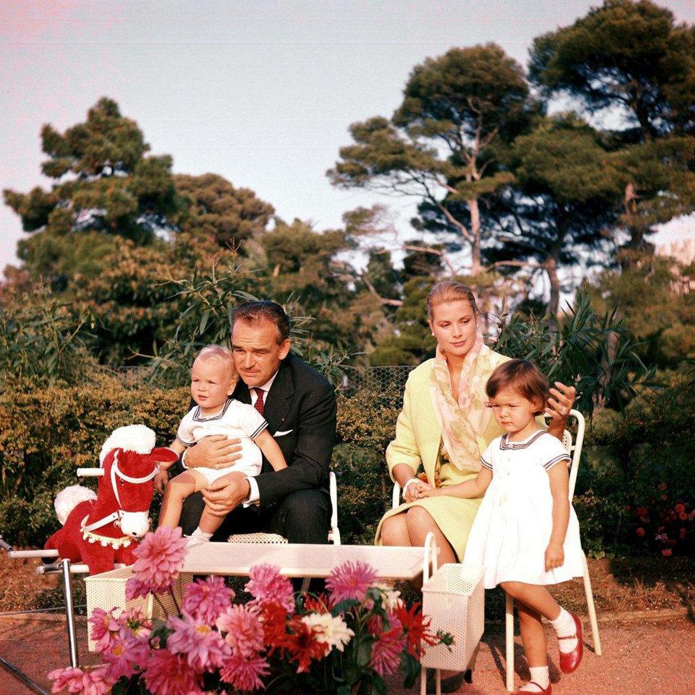 Княгиня Грейс с семьей