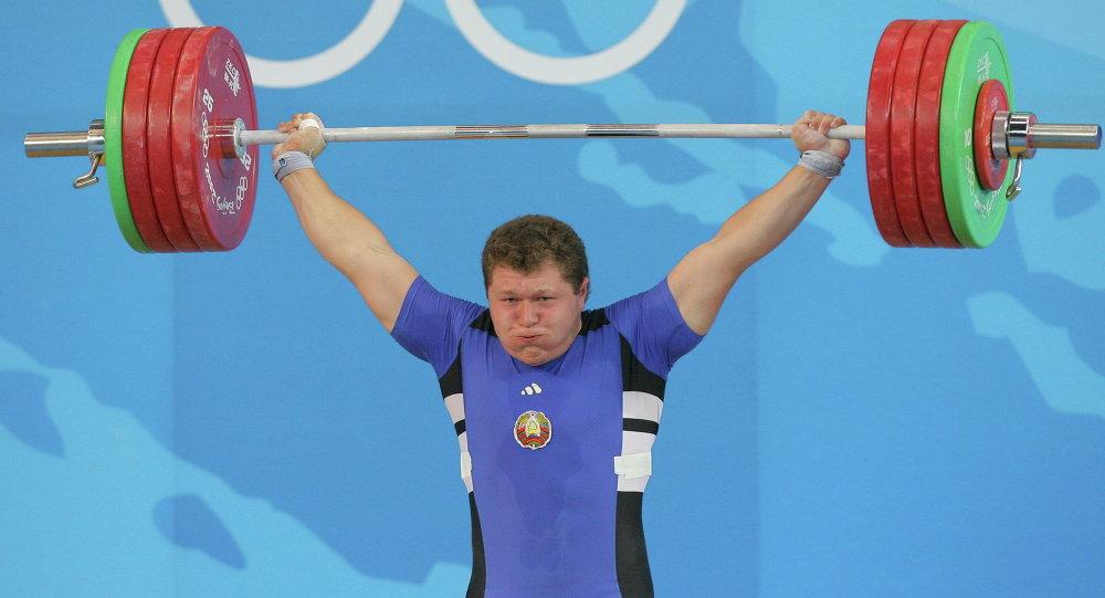 Андрей Арямнов на олимпийском помосте в Пекине