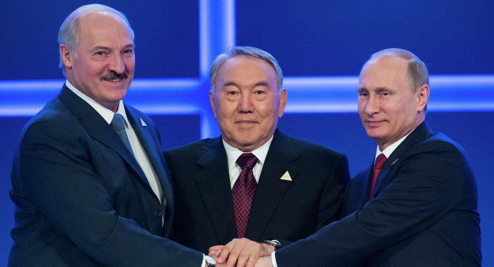 А. Лукашенко, Н. Назарбаев и В. Путин