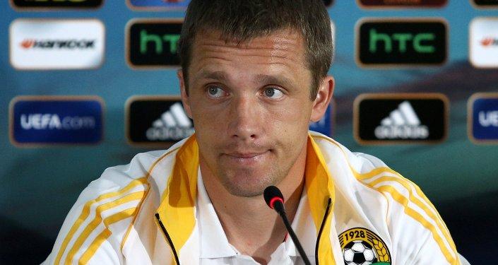 Виктор Ганчаренко на пресс-конференции перед матчем группового этапа Лиги Европы УЕФА сезона 2013/14