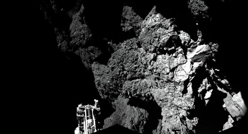 Модуль Фила на поверхности кометы Чурюмова-Герасименко