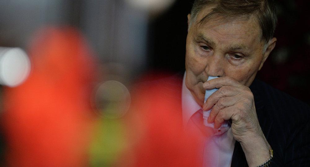 Знаменитый хоккейный тренер трехкратный олимпийский чемпион Виктор Тихонов, архивное фото