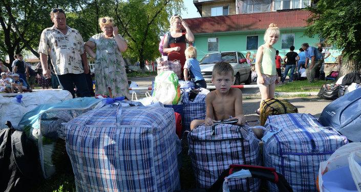 Как беженцы из Донбасса устраиваются в Минске