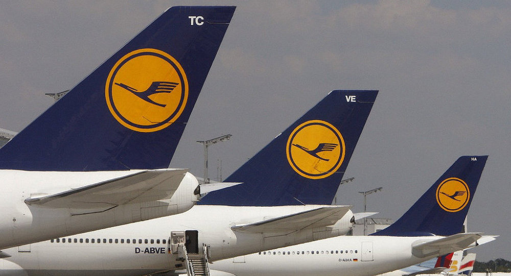 Самолеты авиакомпании Lufthansa, архивное фото