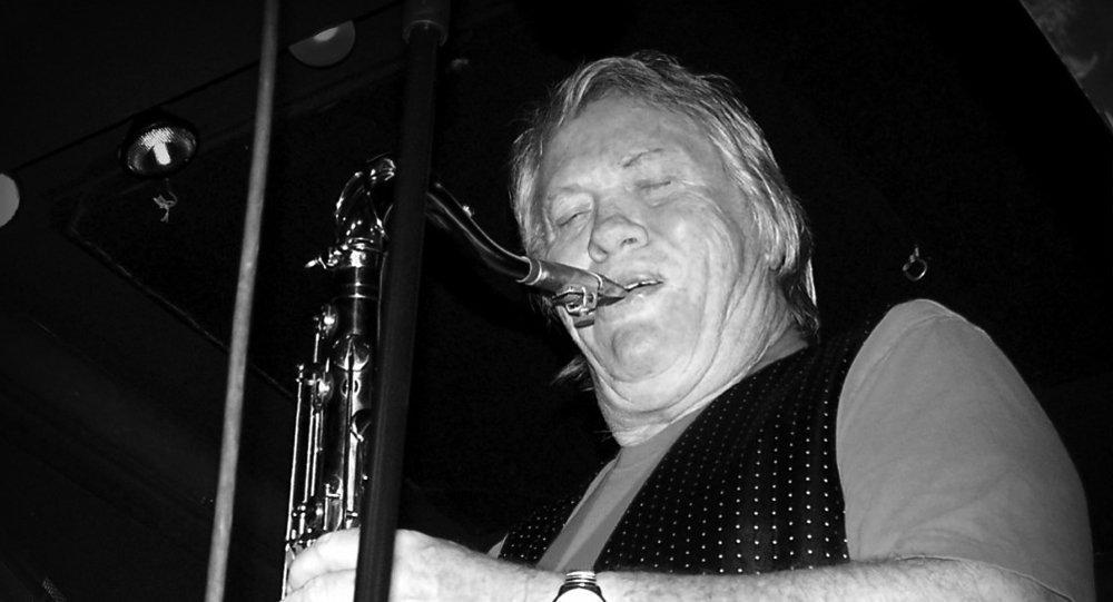 Бобби Киз, саксофонист