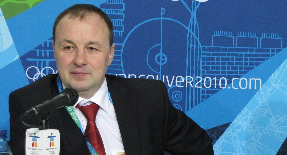 Главный тренер Михаил Захаров