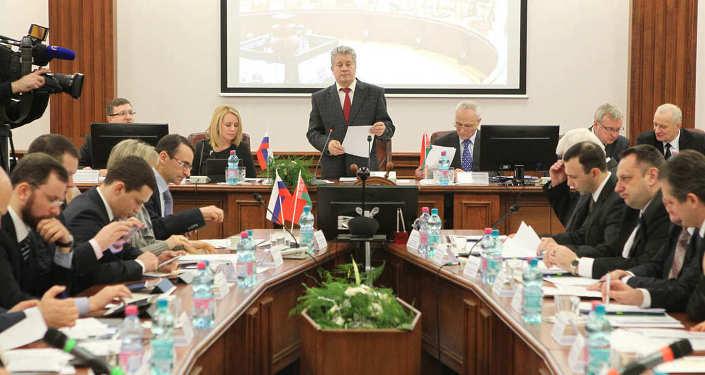Госсекретарь Союзного государства Григорий Рапота на совместном заседании коллегий образовательных ведомств