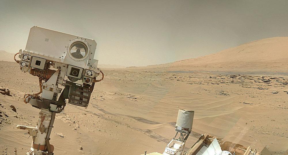Фото, сделанное марсоходом Curiosity