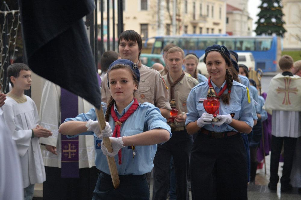 В Беларусь Вифлеемский огонь прибыл из Австрии