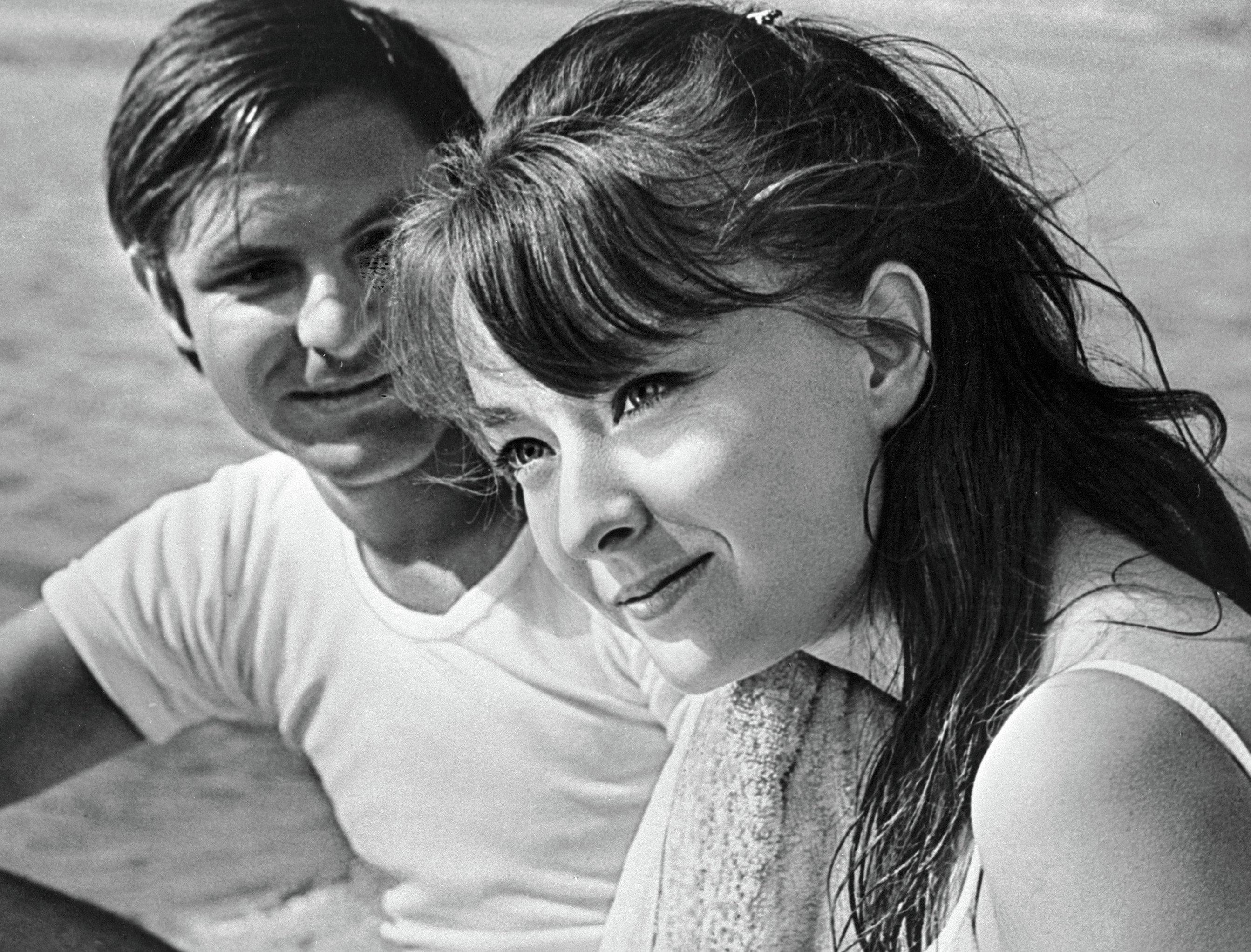 Анастасия Вертинская в роли Тани в фильме Влюбленные