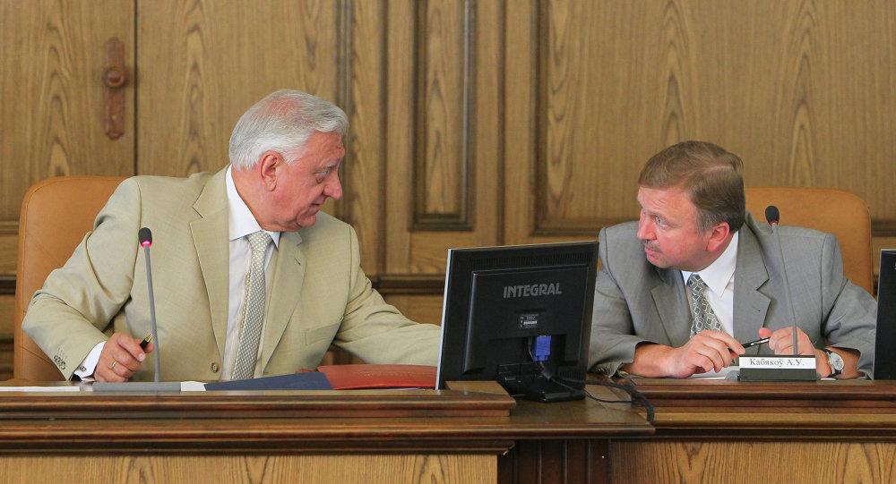 Михаил Мясникович и Андрей Кобяков