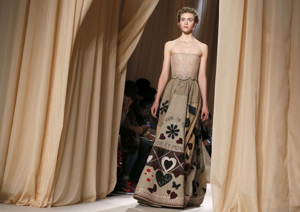 Новая калекцыя моднага Дома Valentino на Тыдні высокай моды ў Парыжы
