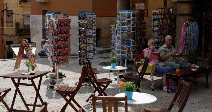 Туристы в испанской Террагоне