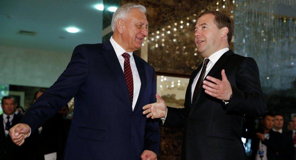 Д.Медведев принял участие в заседании Совета глав правительств СНГ