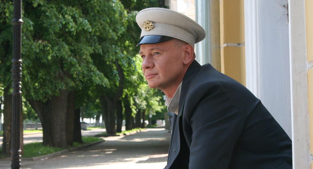 Актор Уладзіслаў Галкін