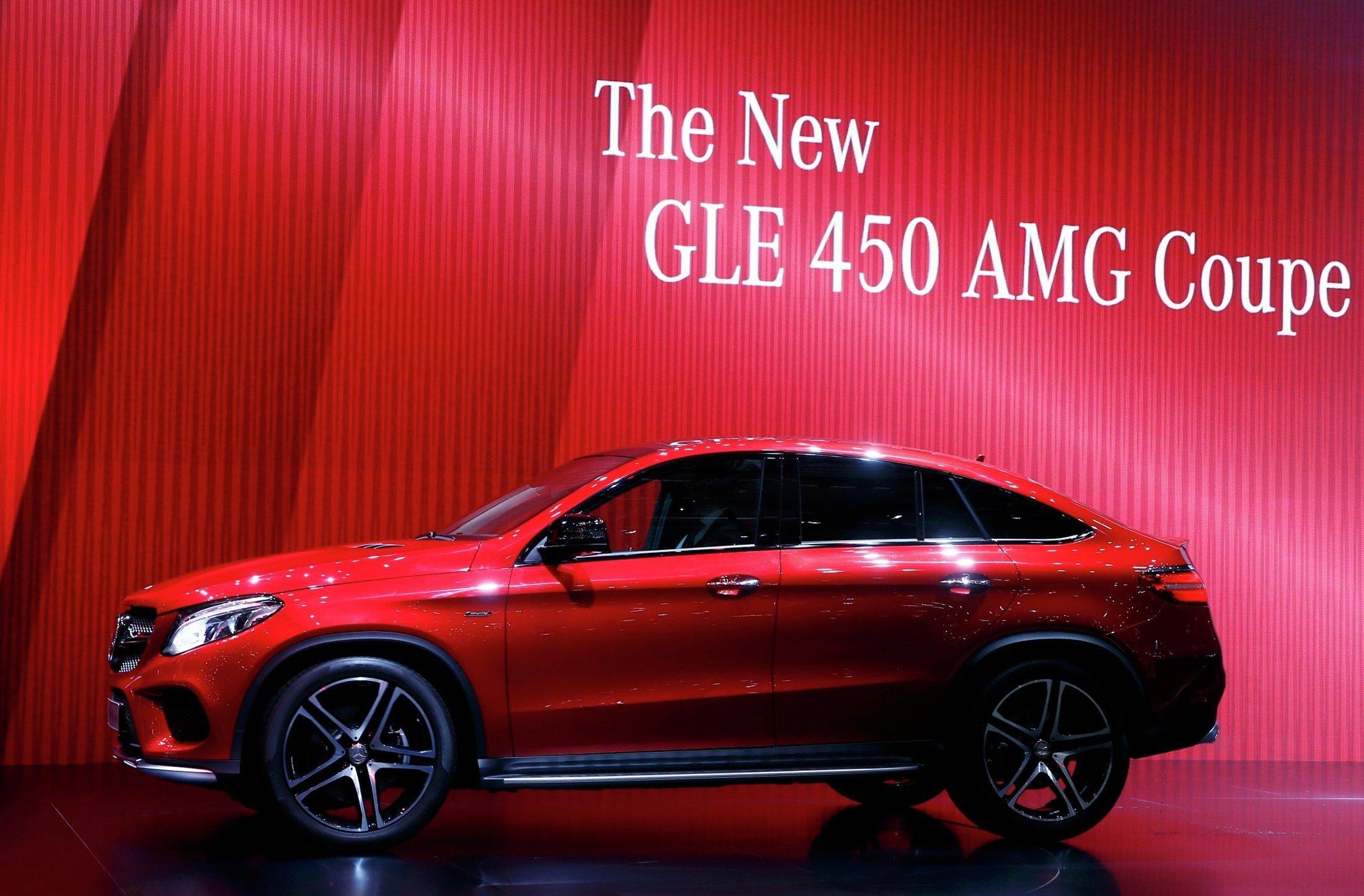 Mercedes GLE 450 AMG на автосалоне в Женеве