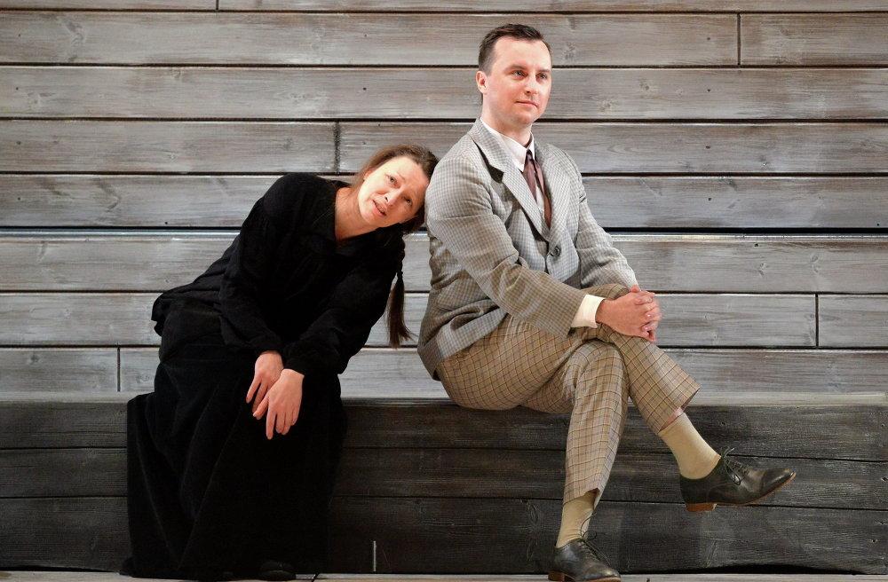 Андрэй Дробыш і Марына Гардзіонак падчас перадпрэм'ернага прагона спектакля Чайка