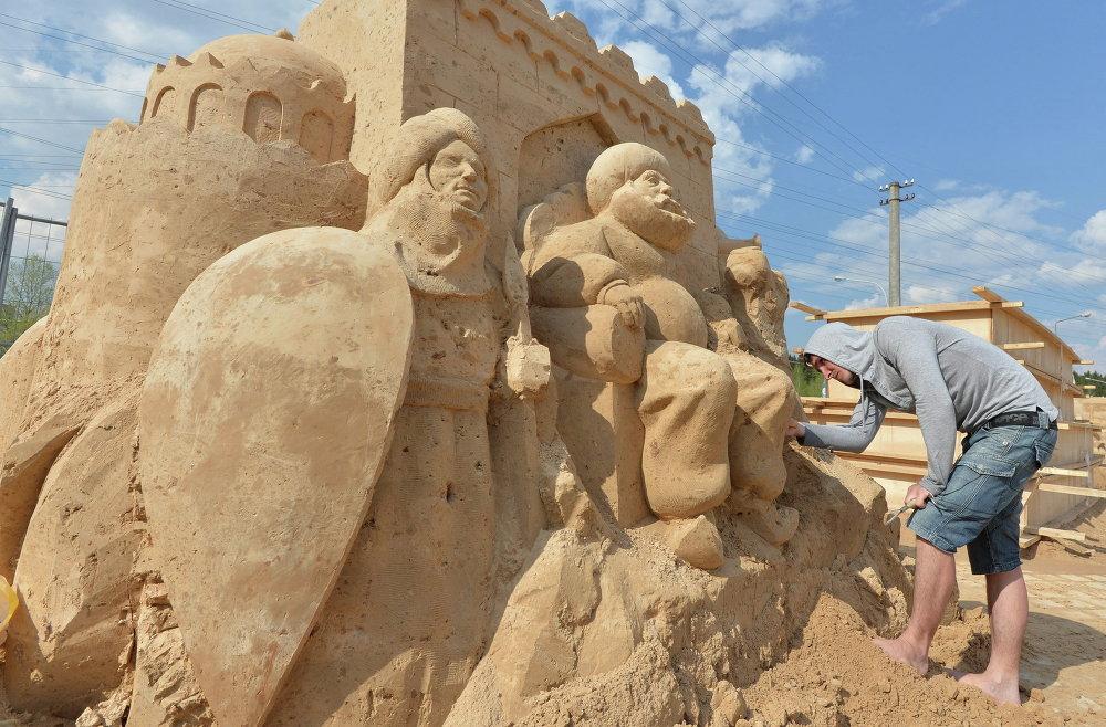 Фестываль пяшчаных скульптур