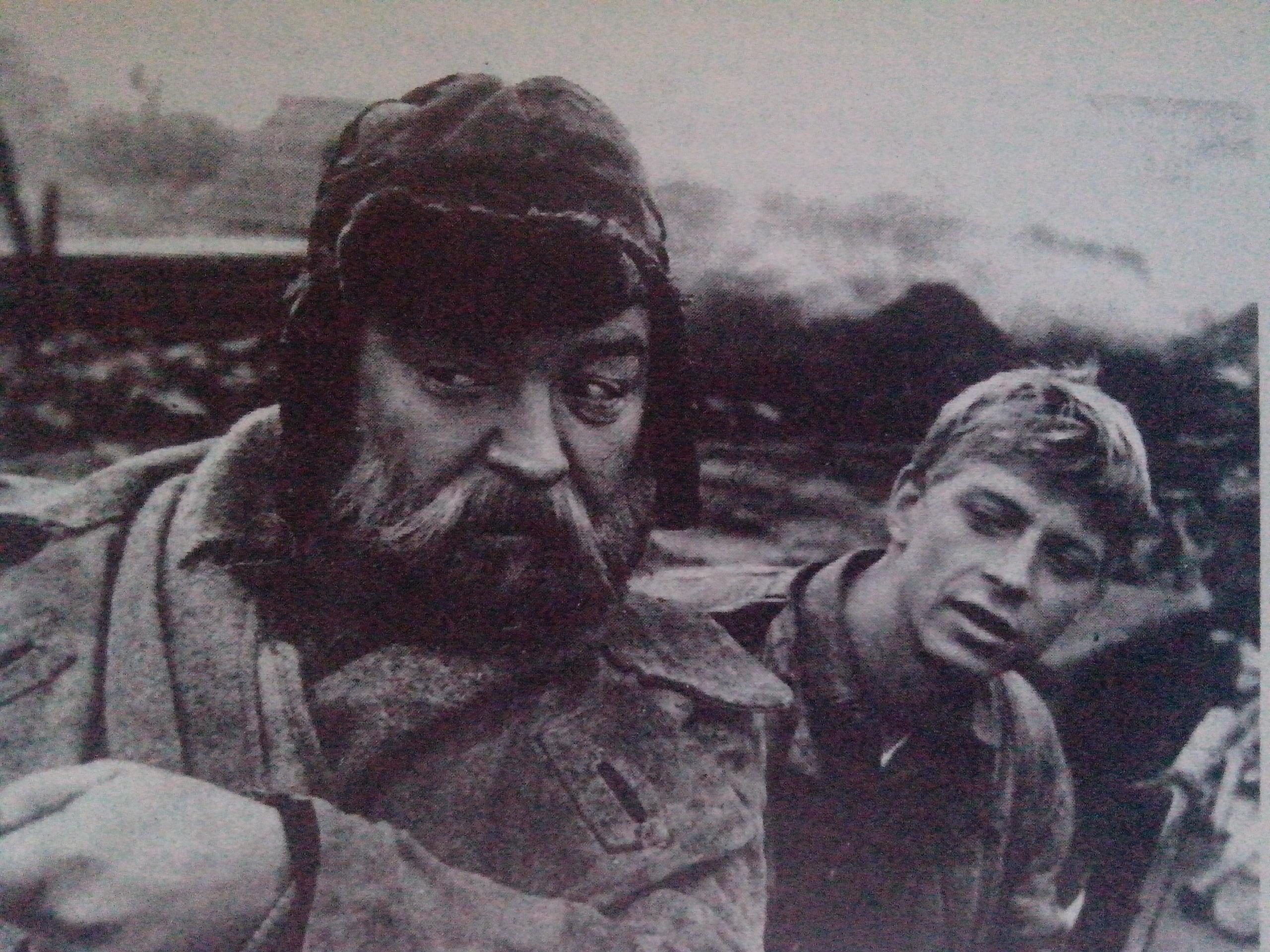 Кадр з фільму Цераз могілкі