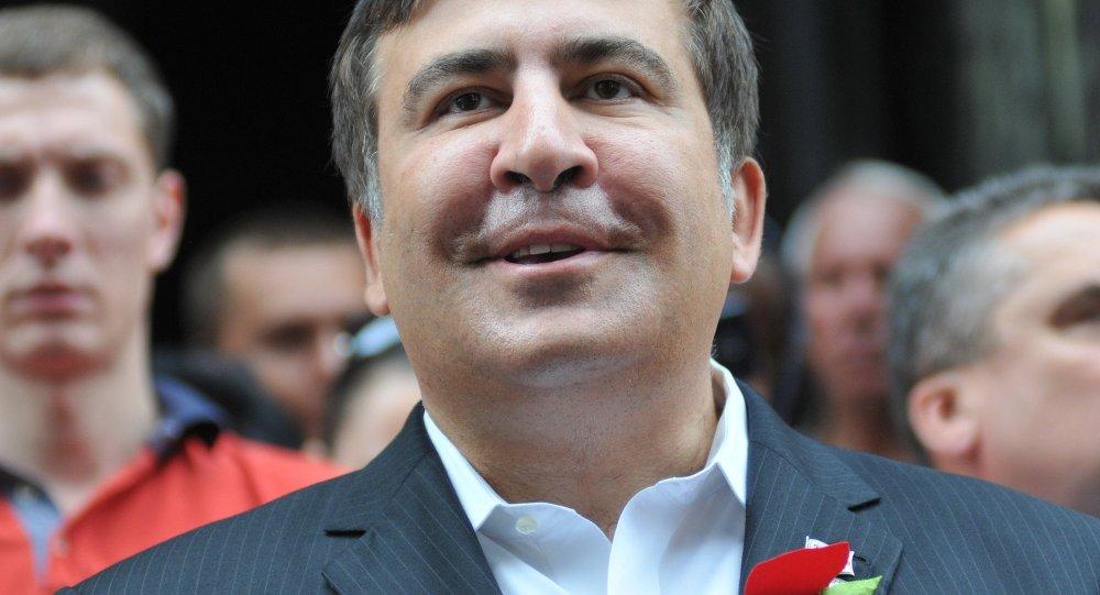 ВОдессе уход Саакашвили подчеркнули раздачей шашлыков