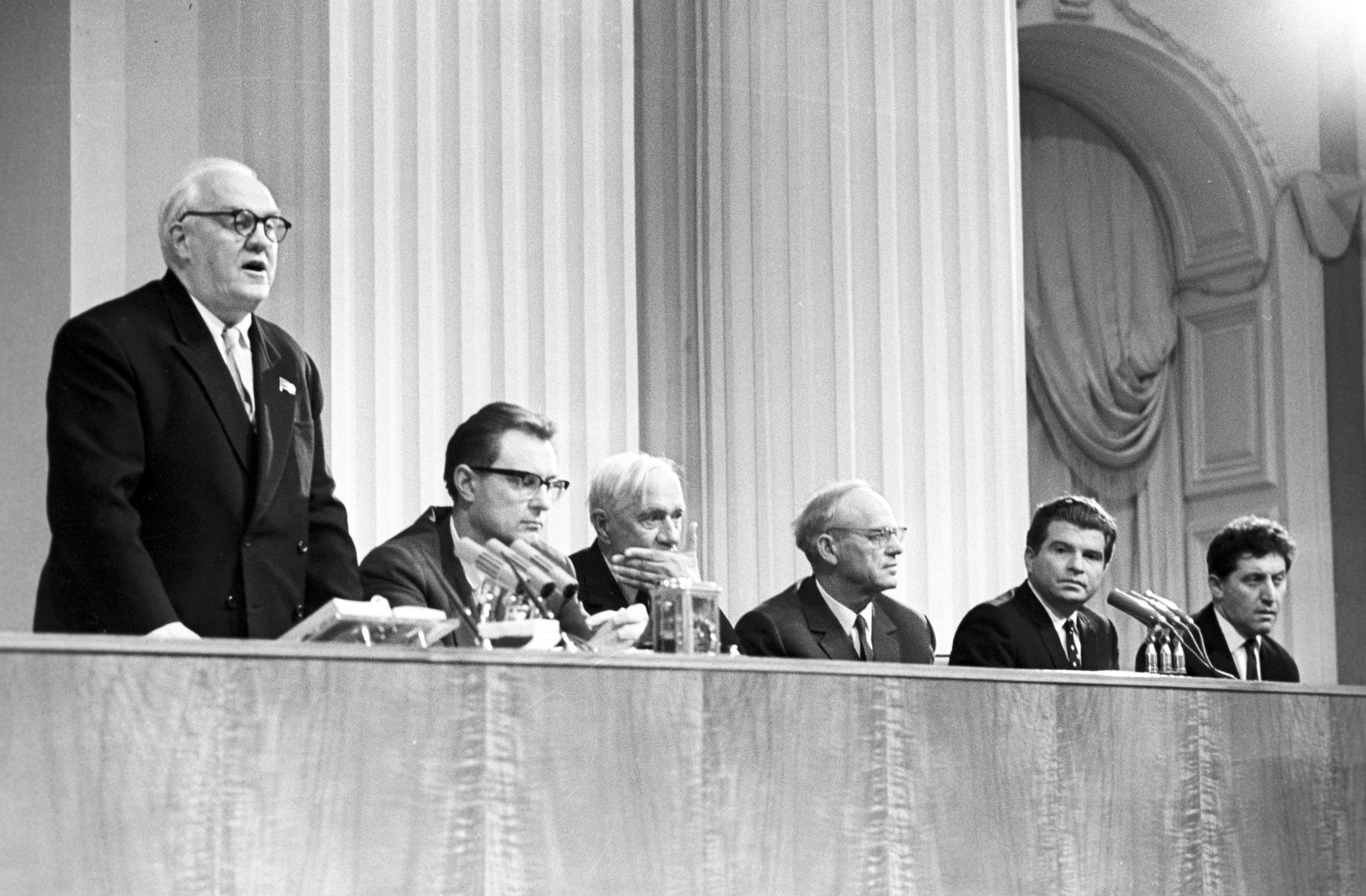 Церемония вручения Ленинской премии в области литературы, искусства и архитектуры1962-го года в Кремле