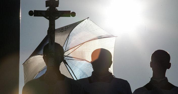 Католики в Будславе, архивное фото