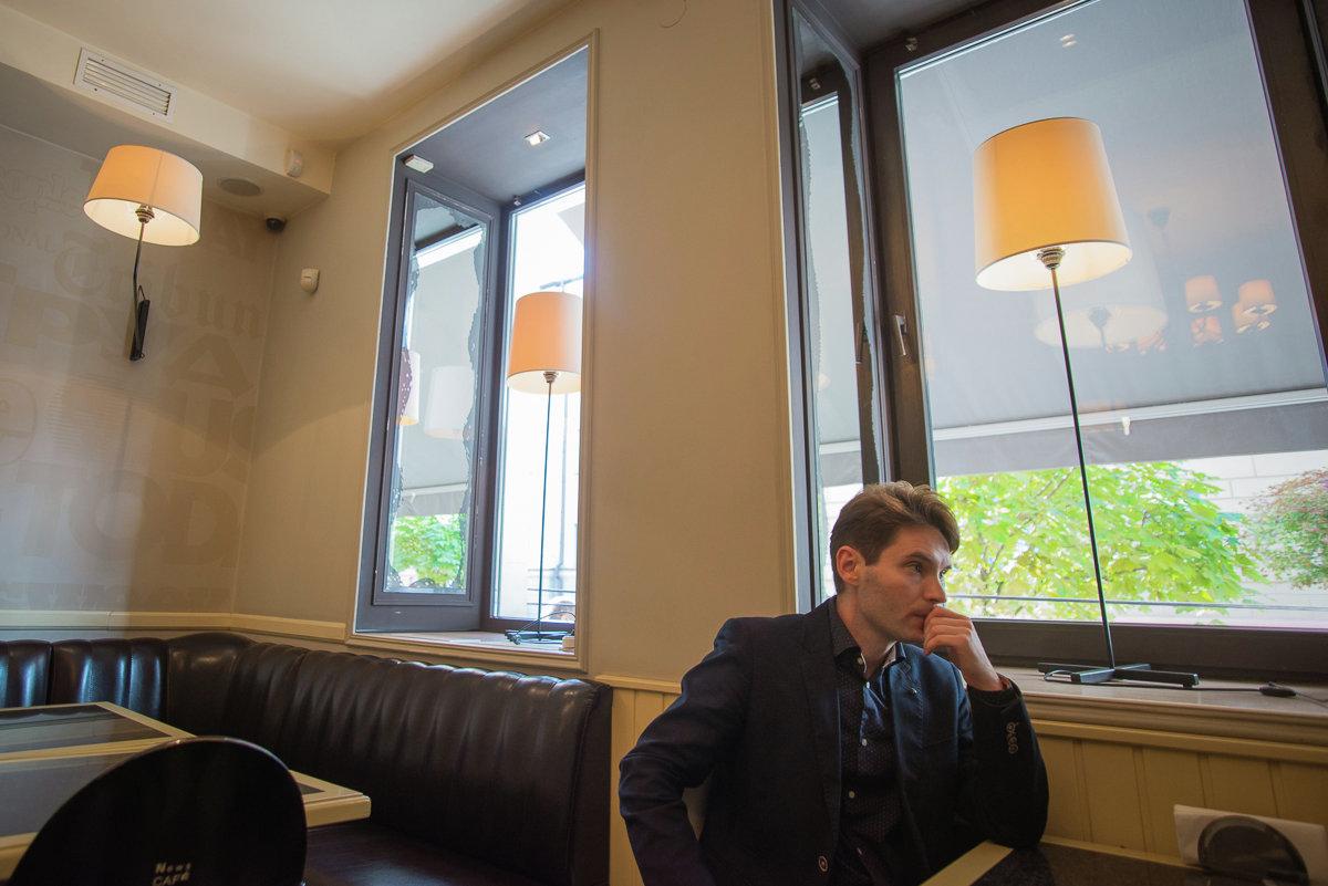 Марціновіч на месцы Лізы у News Cafe