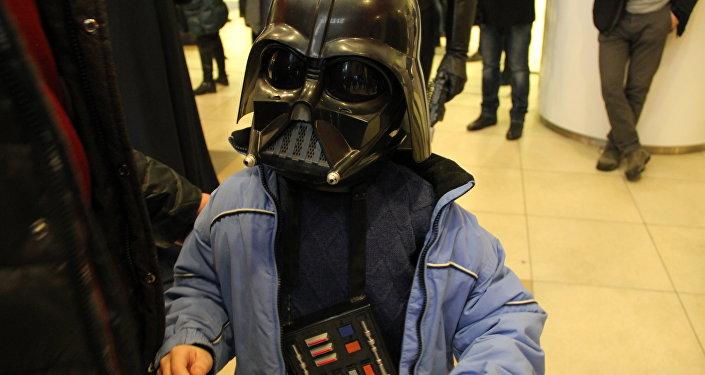 Совсем юный фанат Звездных войн