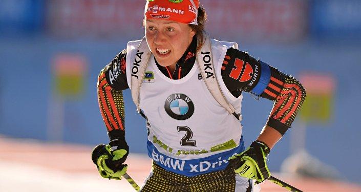 Лаура Дальмайер (Германия) в гонке преследования среди женщин