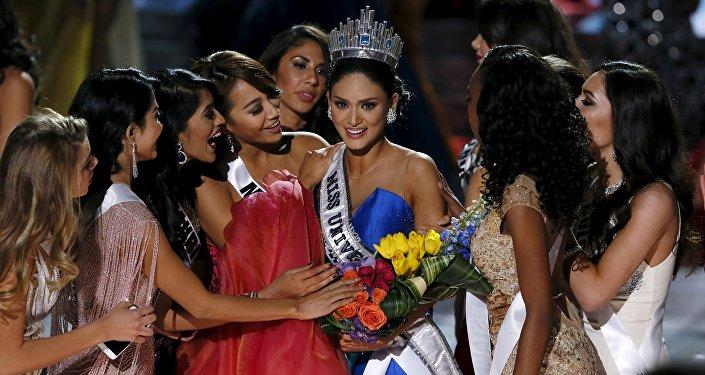 Мисс Вселенная-2015 представительница Филиппин Пия Алонсо Вуртсбах