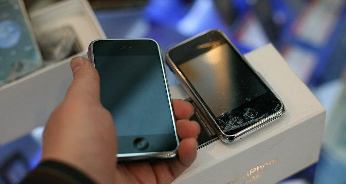 Поддельные айфоны