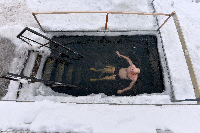 Крещенские купания на Цнянском водохранилище