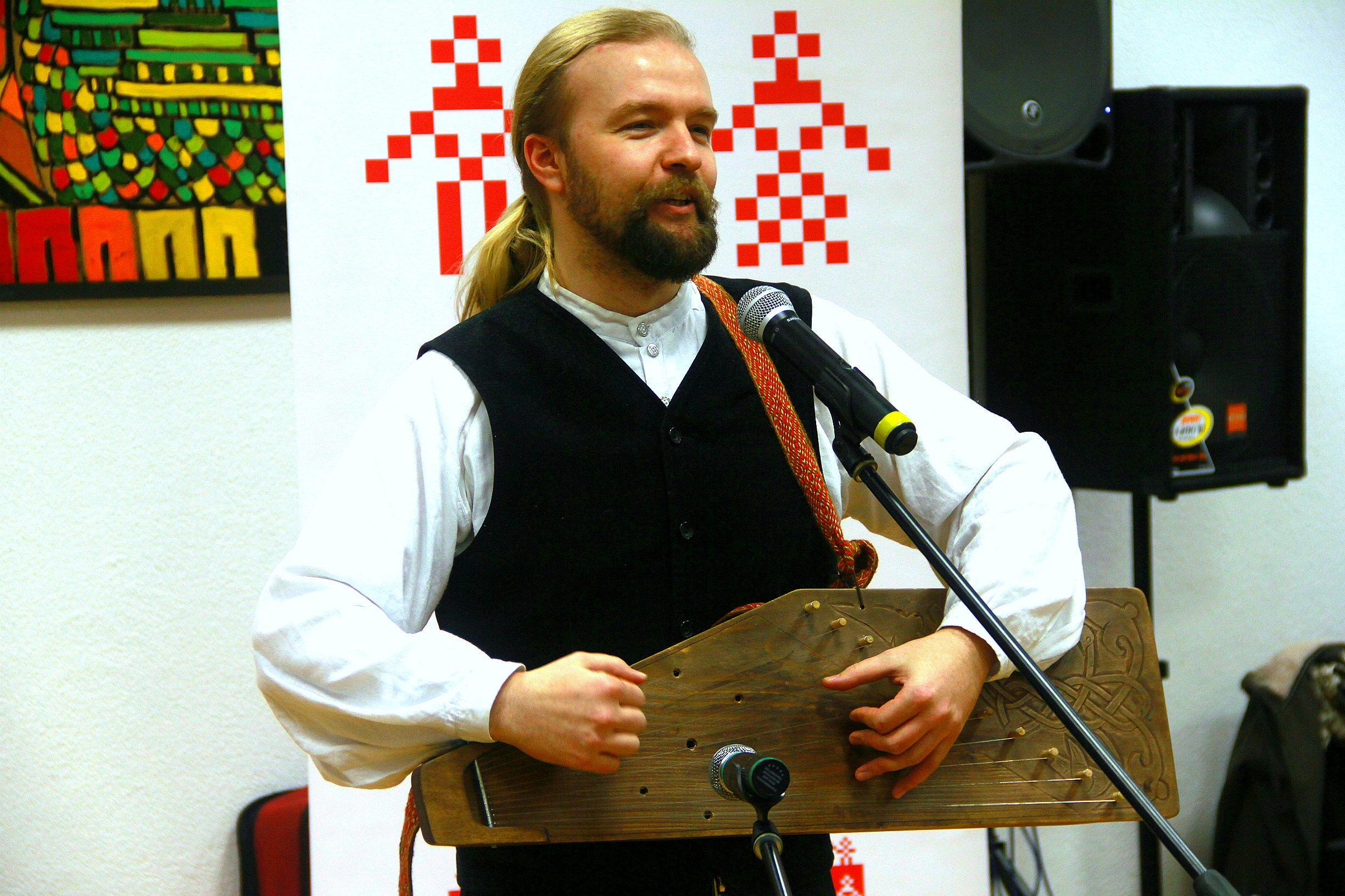 Алесь Чумакоў на прэзентацыі кнігі Наш стары добры Вавілон