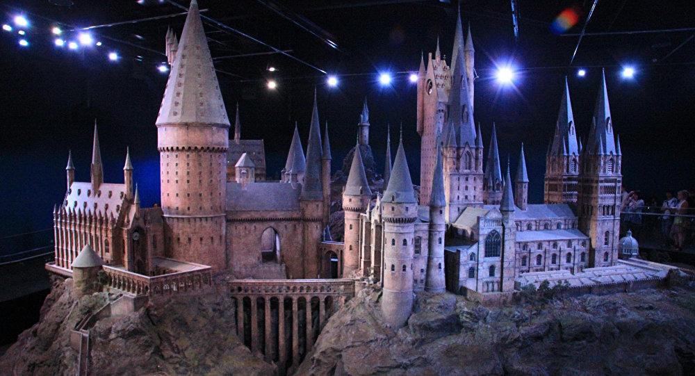 Макет замка Хогвартс