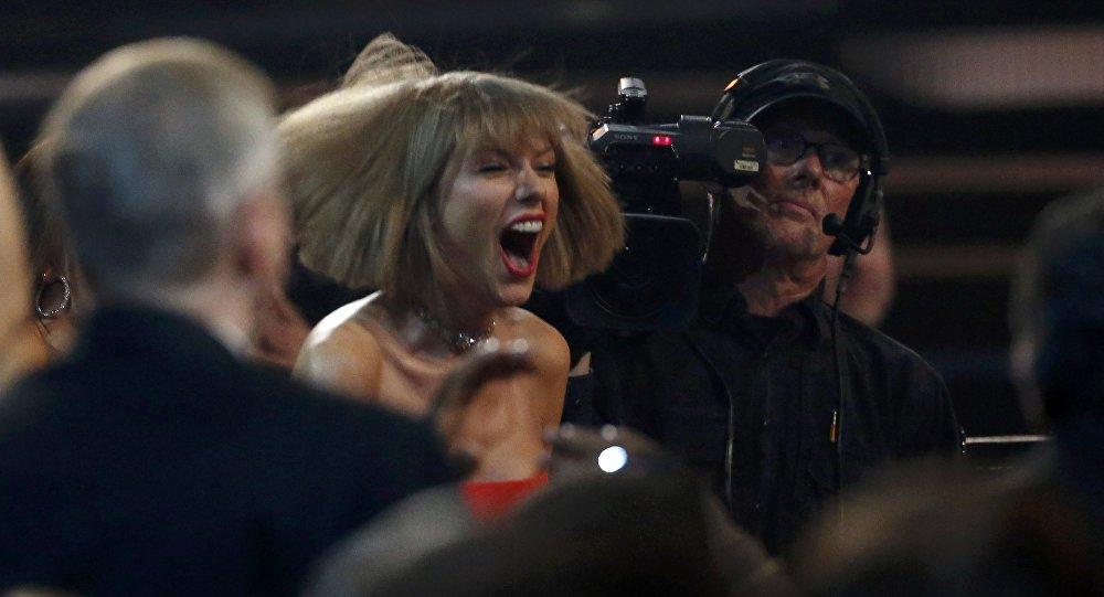 Американская певица Тейлор Свифт получила Грэмми