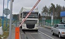 Фура на белорусско-литовской границе, архивное фото