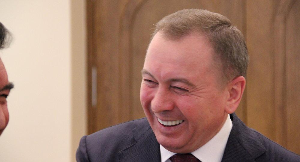 Владимиру Макею нравится, как дипломаты читают классика