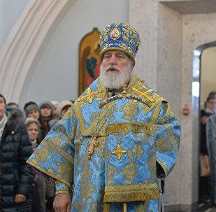 Икону встречает митрополит Минский и Заславский Павел, Патриарший Экзарх всея Беларуси.