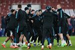 Футболисты Барселоны на тренировке