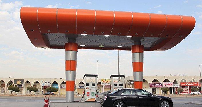 АЗС в Эр-Рияд, Саудовская Аравия