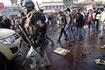 Солдат на месте двойного теракта в Багдаде