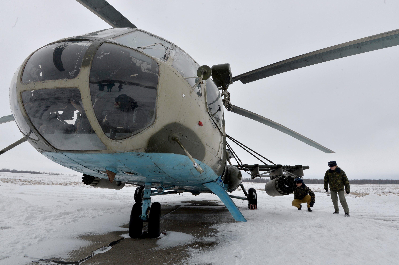 Предполетный осмотр вертолета составом экипажа