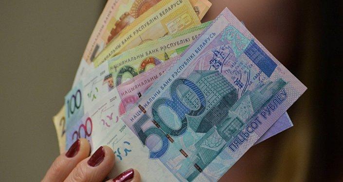 Новые банкноты презентовали в Нацбанке