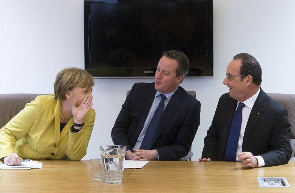 Канцлер Германіі Ангела Меркель, прэм'ер-міністр Вялікабрытаніі Дэвід Кэмеран і прэзідэнт Францыі Франсуа Аланд